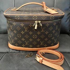 Louis Vuitton Vintage Nice Monogram Travel Case
